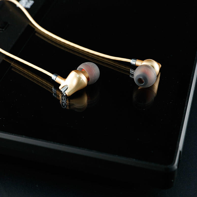 HIGH QULAITY Stereo sound earphone -YSD-001
