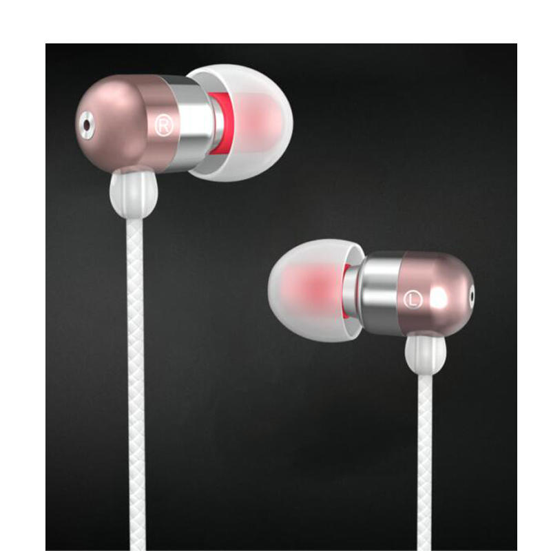 Noise Isolating in-Ear Headphones with Pure Sound and Powerful Bass, Earbuds with High Sensitivity Microphone and Volume Control, Headphones for iPhone iPod iPad MP3 Samsung